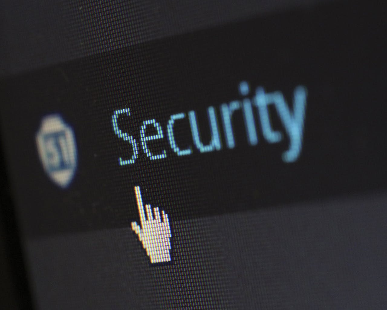 """Are You Vulnerable To Hacking? """"Avoid Using Public Wi-Fi"""" + 4 More Tips To Protect Your Information Online"""