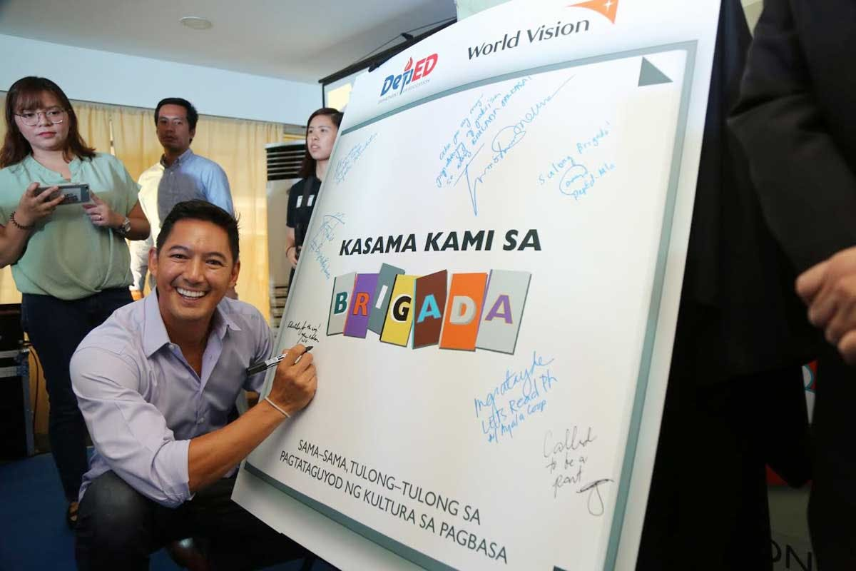 'Brigada Pagbasa' Launched To Ensure Every Filipino Can Read, Is Literate