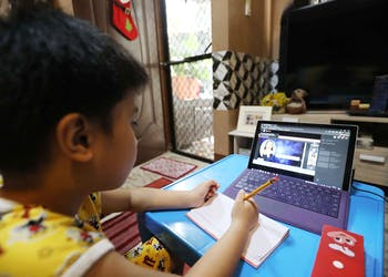DepEd Chief Declares Triumphant Opening Of Remote Learning; Palace Says Duterte Open To Pilot-Test Of In-Person Classes