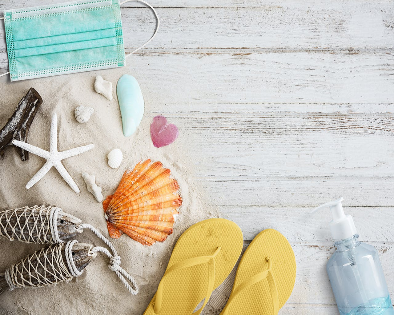 Self-sterilizing Pouch + 7 Other Travel Essentials You Shouldn't Leave Home Without In The New Normal