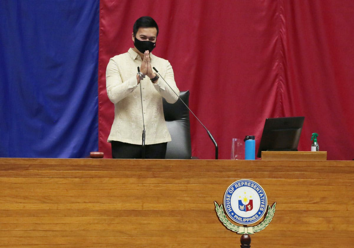 Velasco's Election As Speaker Shows How Easily Congressmen Can Switch Sides; Cayetano, Left Empty-Handed, Resigns
