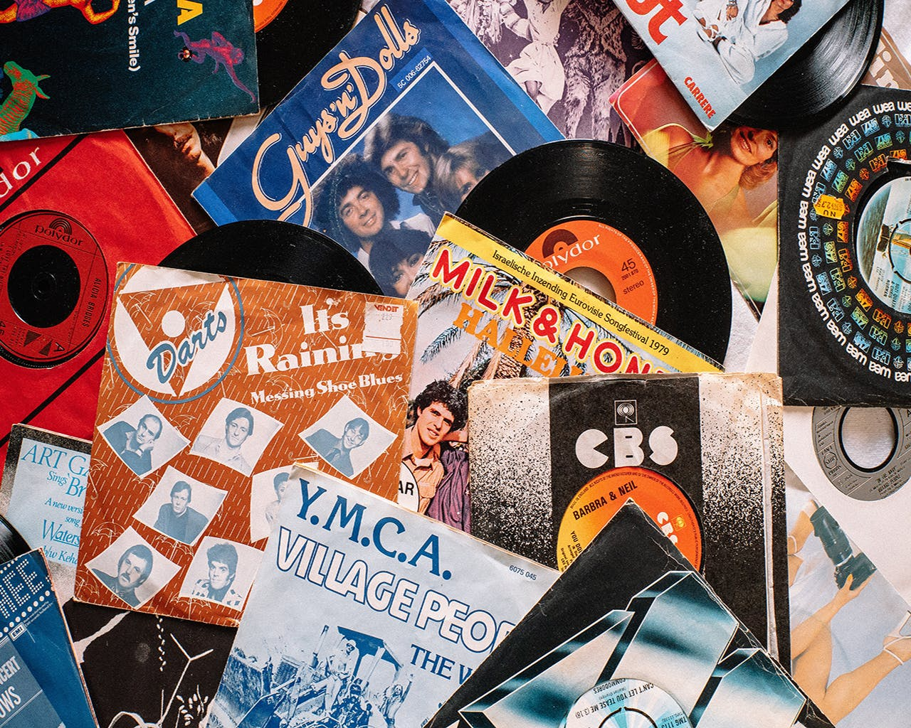3 Reasons You Should Ditch The MP3 And Listen To Vinyl Records Instead